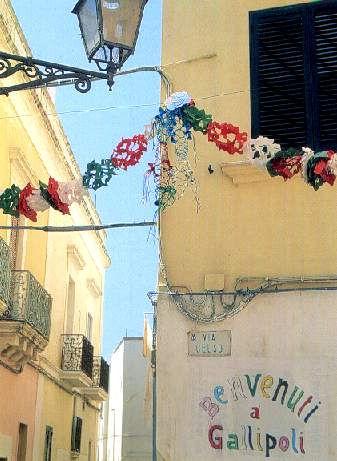 Colori e feste nei vicoli della Città vecchia